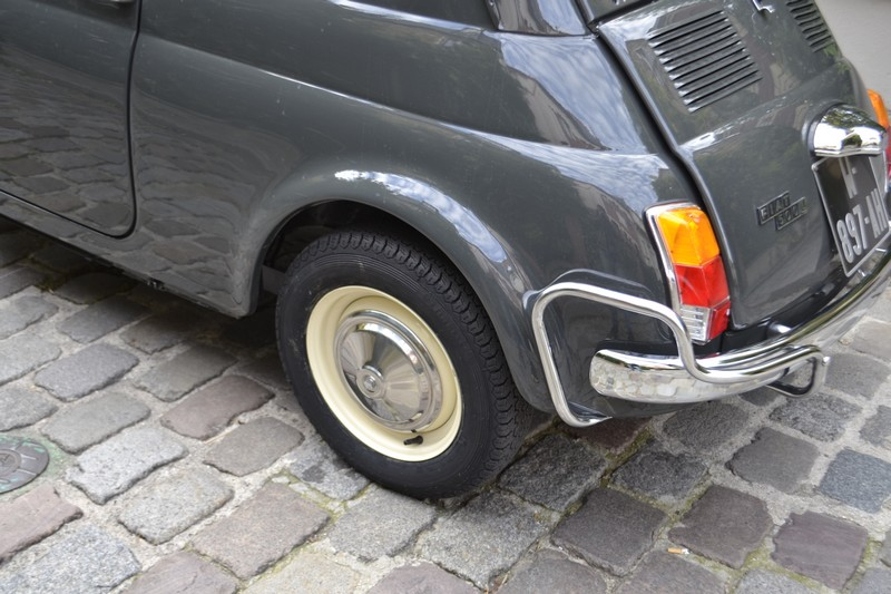 FIAT 500 L grise 1970