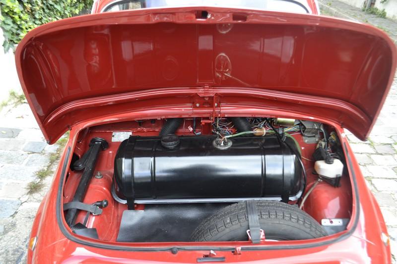 FIAT 500 L rouge 1971